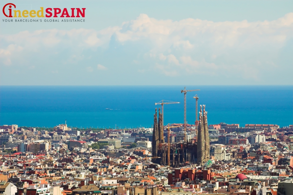 In Any Tourist Guide To Barcelona Are Sagrada Familia And Parc Guell Creations Of The Renowned Gaudi Most Famous Spanish Architect